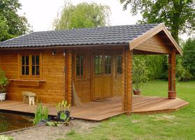 Beispiel für Restol™ Gartenholz-Grün: